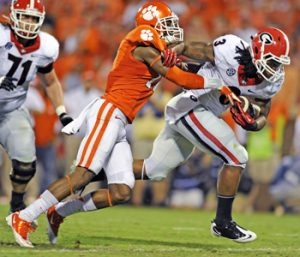 Clemson keyed in on Bulldogs' rushing attack | Test