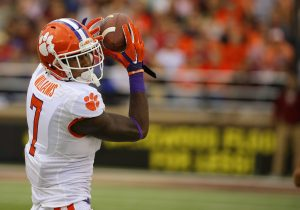 Inside the Huddle with Clemson's Mike Williams | Test