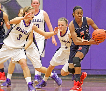 Lady Razors fall just short against BHP | Test