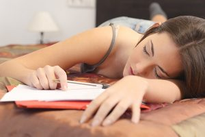 Clemson research: Sleep habits linked to self-control risks | Test