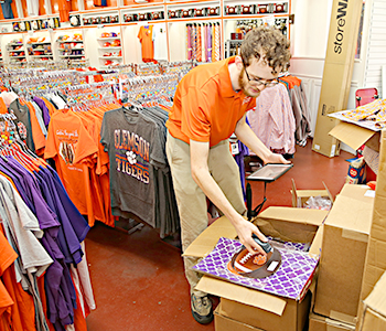 Game days bring spirit to downtown Clemson | Test
