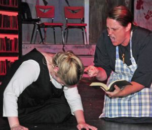 King's 'Carrie' comes alive on stage   Test
