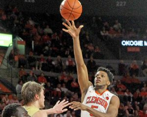 Tigers hold off Yellow Jackets | Test