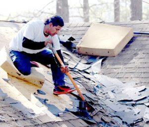 Outdoor lab gets boost from roofing company