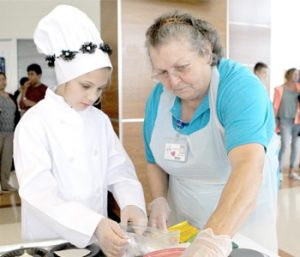 Pickens County students show skills in culinary competition | Test