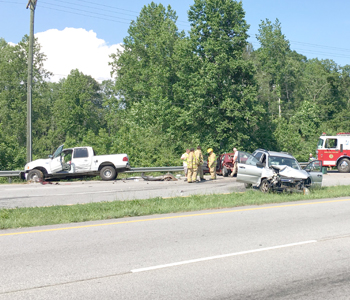 3-vehicle wreck in Seneca sends 'several' to hospital | Test