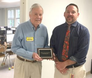 Keowee Elementary names technology lab after longtime volunteer
