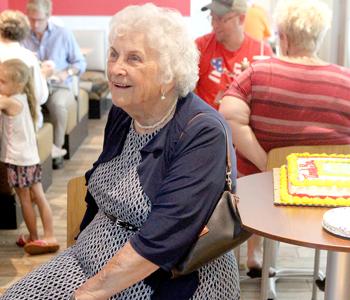 Retiring restaurant hostess enjoys special day in her honor | Test