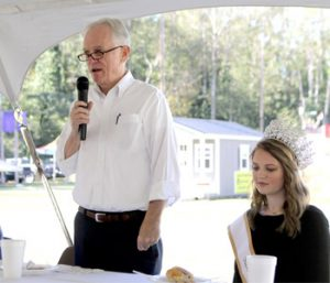 Miss Oktoberfest, elected officials help kick off festival | Test