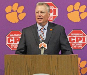 Clemson introduces first softball coach | Test