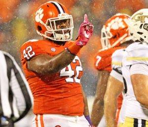 Clemson recaptures its swagger