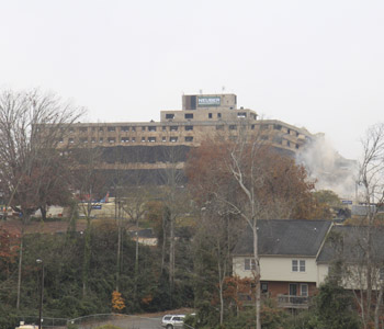 Iconic Clemson House imploded on university campus | Test
