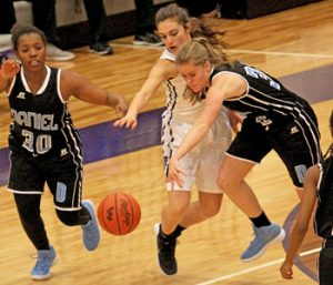 Daniel girls respond late to down Razorbacks | Test
