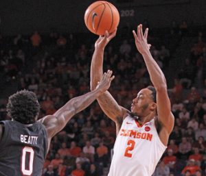 Reed, Tigers stay hot in win over South Carolina | Test
