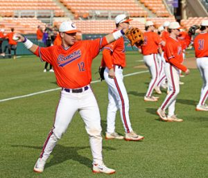 Tigers back on the diamond for first practice | Test
