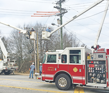 Officials: No damage after train snags power line | Test