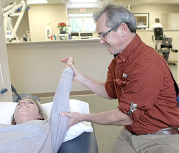 Independent clinic Hummel provides physical therapy in Seneca | Test