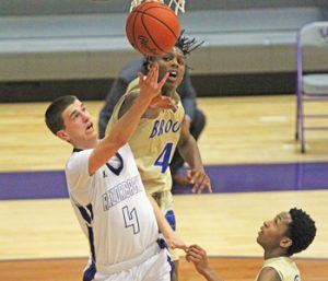 Walhalla overcomes slow start to top Broome | Test