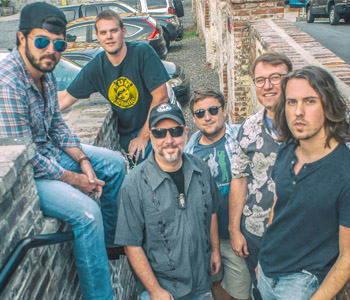 100 percent different: Grateful Brothers return to WMC | Test
