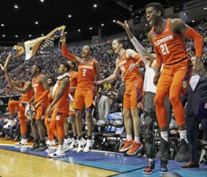 Tigers pummel Auburn to reach Sweet 16 | Test