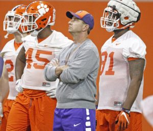 Tigers hold first scrimmage of spring | Test