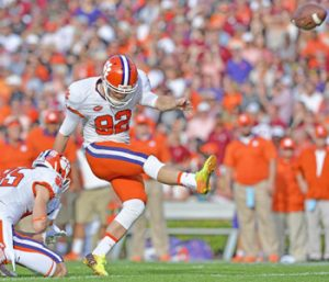 Tigers' Huegel rehabbing well after torn ACL | Test