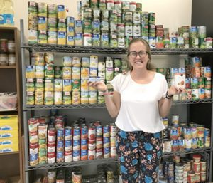 Paw Pantry helps students in need