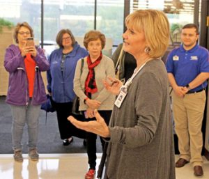 New Seneca Hobby Lobby holds grand opening