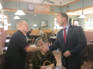 Governor hopeful visits Oconee County | Test
