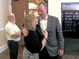 Gubernatorial hopeful visits Keowee Key | Test