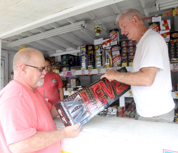 Officials urge fireworks safety | Test