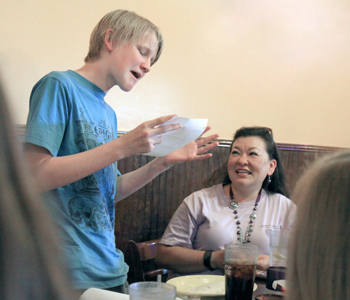Walhalla students read 5th-grade letters on last day of middle school | Test