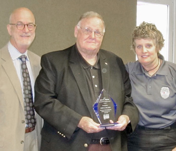 Palmer recognized for volunteer service | Test