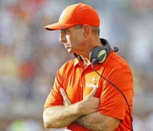 Swinney, Bryant have 'emotional' conversation over QB job | Test