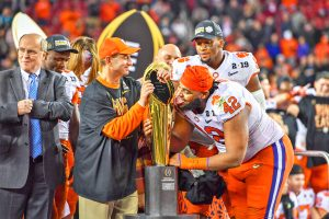 Tigers' seniors finish with perfection, 'eye of the Tiger' focus   Test