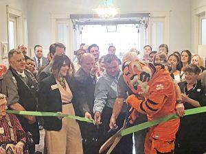 Luxury senior living community holds ribbon-cutting ceremony | Test