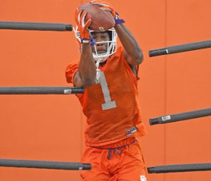 Kendrick shines at corner in Tigers' scrimmage | Test