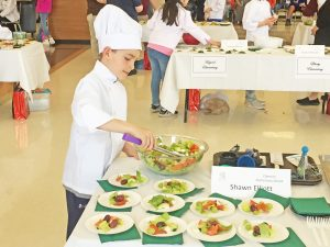 Pickens County students prepare salads, sandwiches at Future Chefs competition | Test
