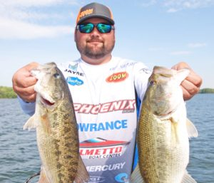 Outdoors: Spawning shad key to catching early morning bass | Test
