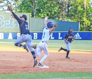Bobcats dominant in playoff opener | Test