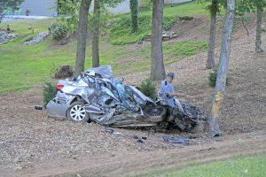 Tractor-trailer hits car, killing Seneca man   Test
