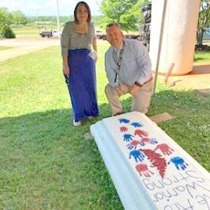 Fair-Oak Elementary buries time capsule with help from funeral home | Test