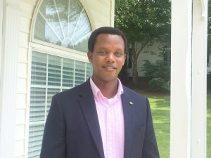 Rwandan refugee uses experience to help others   Test