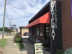 Gateway Arts Center director talks in-house projects   Test