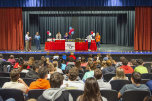 West-Oak High celebrates student scholarship applications | Test