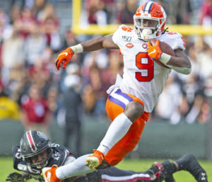 Etienne returning to Clemson, Terrell leaving
